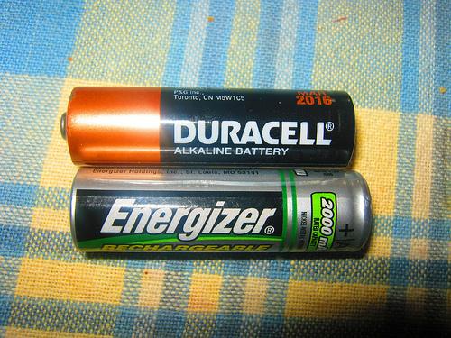 Energizer và Duracell