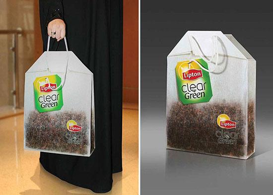 Ý tưởng này được tạo ra để quảng cáo cho sản phẩm mới của Lipton: Clear Green Tea, chiếc túi này giống như một túi trà khổng lồ. Ý tưởng quảng cáo ấn tượng này là của nhóm thiết kế DDB Integrated.