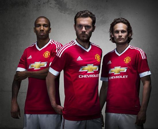 Adidas và sự hợp tác với MU