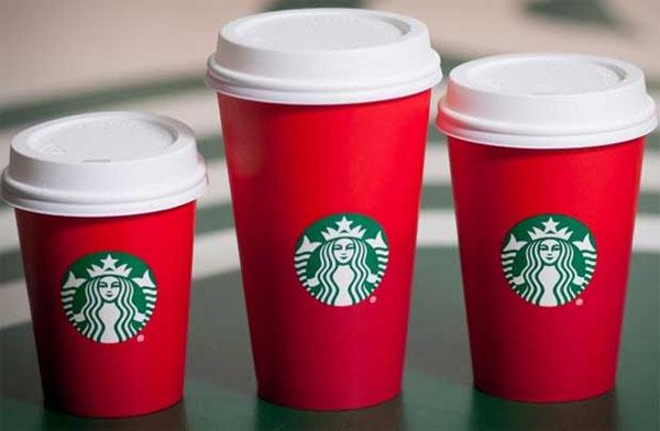 Starbucks, một trong những tập đoàn lớn và nổi tiếng nhất thế giới lại một lần nữa hứng chịu sự chỉ trích của khách hàng, đặc biệt là trên mạng xã hội, sau chiến dịch PR nhân mùa Giáng sinh 2015.