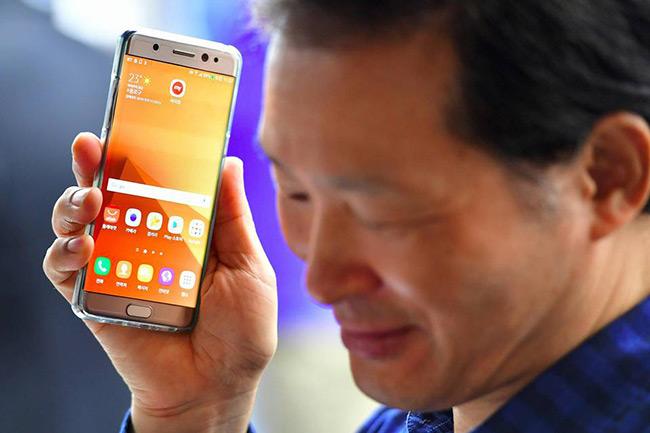 Samsung cần thời gian để lấy lại lòng tin người dùng