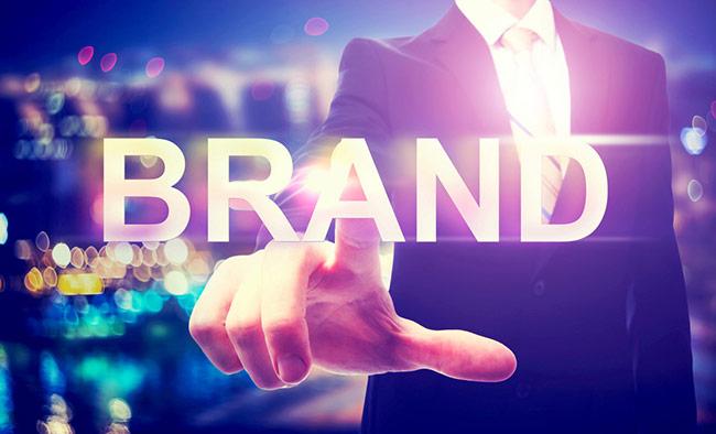 tên thương hiệu, logo và quảng cáo cần đến sáng tạo? Tôi đề xuất bạn sử dụng tiêu chí này: Giải pháp cho hình ảnh thương hiệu sáng tạo được xây dựng dựa trên những yếu tố điển hình liên quan một cách không điển hình.