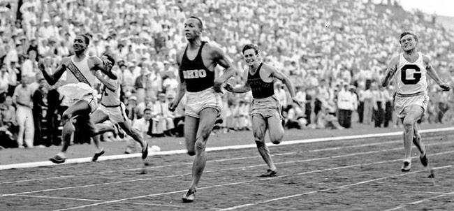 """""""Điểm bùng phát"""" của adidas tại Olympics 1936"""