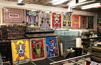 """Bộ sưu tập poster in Letterpress với font chữ cổ điển khổng lồ của """"ẩn sĩ"""" yêu nghề Kevin Bradley"""