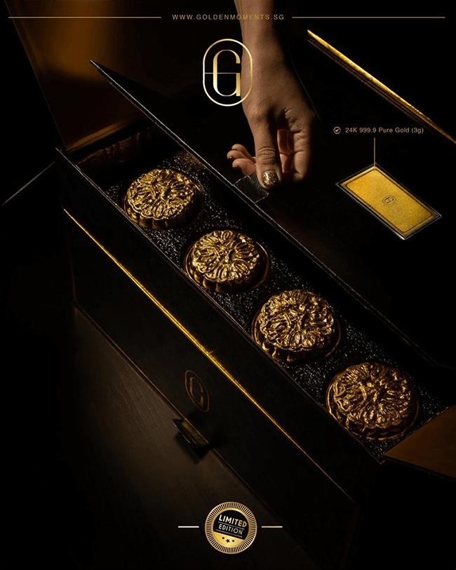 Mở hộp bánh trung thu 14 triệu đồng
