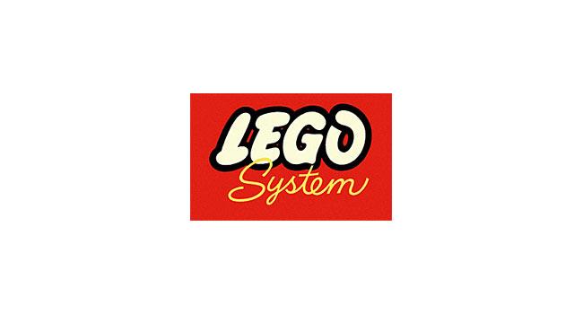 Theo dòng biến đổi của thiết kế logo thương hiệu LEGO