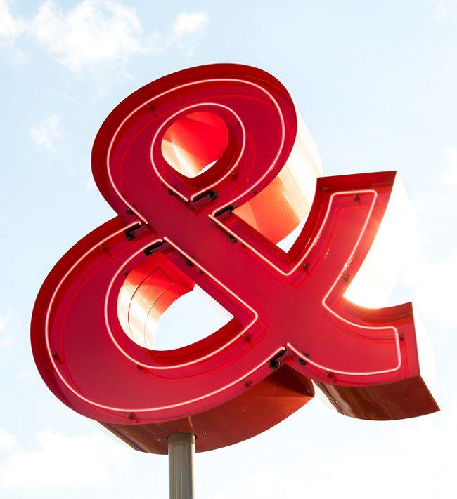 Nguồn gốc của những kí hiệu quen thuộc trong thiết kế thương hiệu